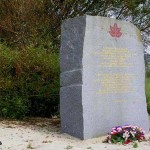 Graye-sur-Mer, stéle Royal Winnipeg Rifles et First Canadian Scottish