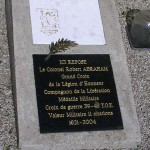 Saint-Christophe-le-Jajolet, plaque colonel Robert Abraham