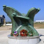 Courseulles-sur-Mer, Centre Juno Beach, monument canadien