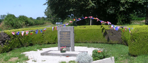 Houtteville, monument lettrine