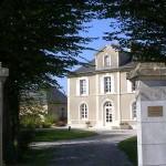 Bréville-les-Monts, la mairie