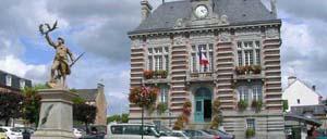 La Haye-Pesnel, ville lettrine