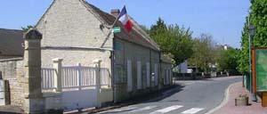 Périers-sur-le-Dan, ville lettrine