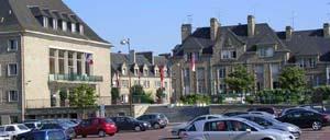 Saint-Hilaire-du-Harcouët, ville lettrine