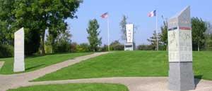 Amfreville, monument lettrine