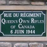 Anguerny, plaque rue du Queen's Own Rifles of Canada