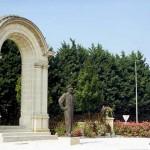Bayeux, monument général de Gaulle