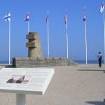 Bernières-sur-Mer, monument commémoratif du Débarquement