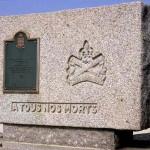 Bernières-sur-Mer, stèle Régiment de La Chaudière