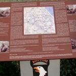 Brévands, plaque 506th PIR et 326th AEB