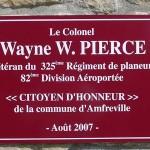 Amfreville Cauquigny, plaque Colonel Pierce