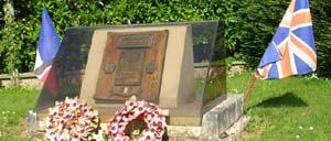 Chouain, monument lettrine