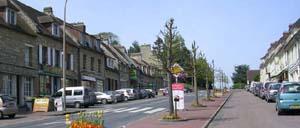 Tilly-sur-Seulles, ville lettrine