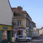 Trun, la rue Louis Guéné