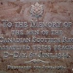 Graye-sur-Mer, plaque The First Canadian Scottish Regiment
