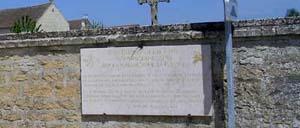 Hérouvillette, monument lettrine