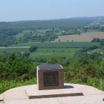 Le Plessis-Grimoult, stèle 13th/18th Royal Hussars