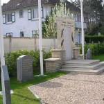 Merville-Franceville, monument et stèles commémoratives