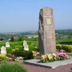 Montjoie-Saint-Martin, monument et stèles 2e DB
