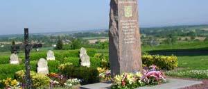 Montjoie-Saint-Martin, monument lettrine