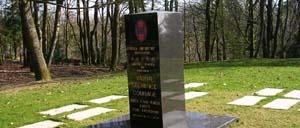 Mortain, monument lettrine