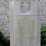 Mortrée, monument général Leclerc