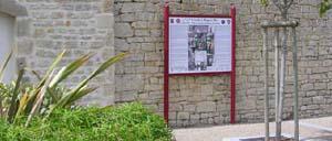Négreville, monument lettrine
