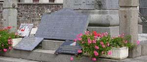 Notre-Dame-de-Cenilly, monument lettrine