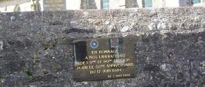 Orglandes, monument lettrine