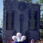 Ouistreham, stèle Royal Navy & Royal Marines