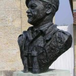 Ranville, buste General Richard Gale