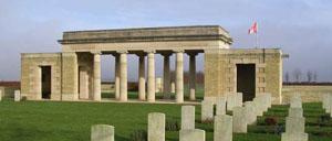 Bretteville-sur-Laize Cintheaux, cimetière lettrine