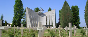 Grainville-Langannerie, cimetière lettrine
