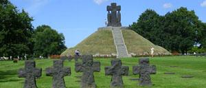 La Cambe, cimetière lettrine