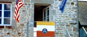 Néhou, musée lettrine