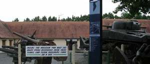 Port-en-Bessin, musée lettrine