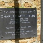 Sannerville, plaque Group Captain Appleton
