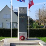Ver-sur-Mer, monument 50th Infantry Division Royal Artillery