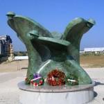 Courseulles-sur-Mer, Centre Juno Beach, monument canadien