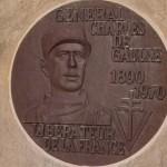 Caen, stèle général de Gaulle
