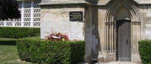 Cagny, monument lettrine