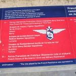 Courseulles-sur-Mer, plaque Français du Jour J