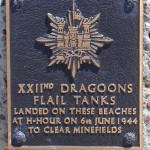 Courseulles-sur-Mer, plaque 22nd Dragoons Flail Tanks