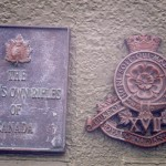 Courseulles-sur-Mer, plaque The Queen's Own Rifles of Canada & 17th Royal Canadian Hussars