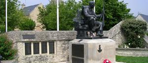 Crépon, monument lettrine