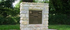 Fresville, monument lettrine