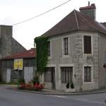 Bazoches-au-Houlme, le carrefour principal