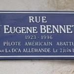 Bazoches-au-Houlme, plaque Lieutenant Bennett