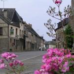 Bellou-en-Houlme, le centre du bourg