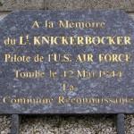 Bellou-en-Houlme, plaque Lieutenant Knickerbocker